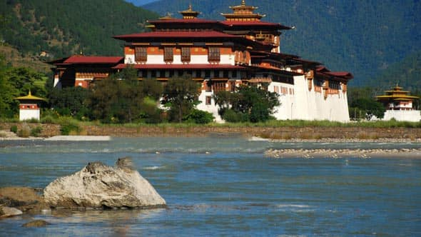 Bhutan Tour Plan for 5Nights and 6Days, Day4: Puanakha Local Sightseeing And Transfer To Paro
